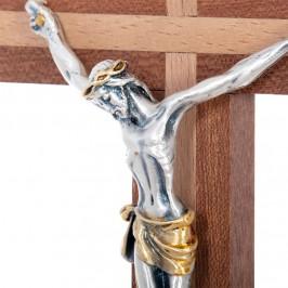Croce con Base e Corpo di Cristo
