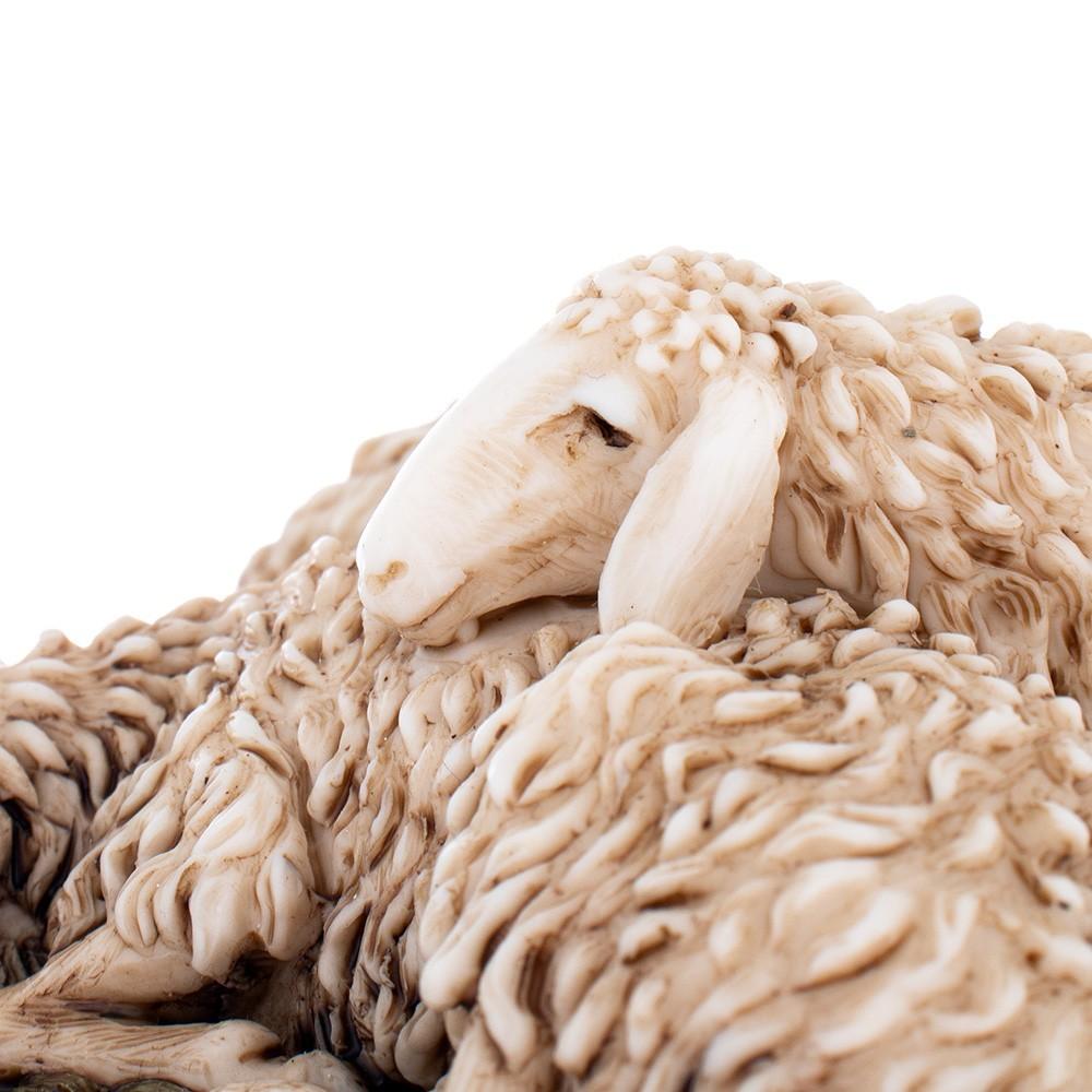 Pecorelle che dormono in Resina Landi