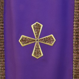 Coprileggio con Croce Ricamata