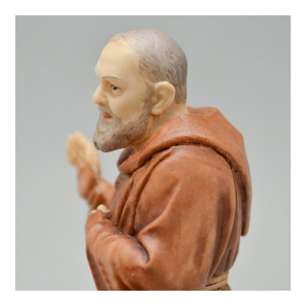 Statua San Pio da Pietrelcine