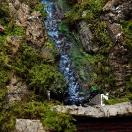 Capanna Natività con Cascata